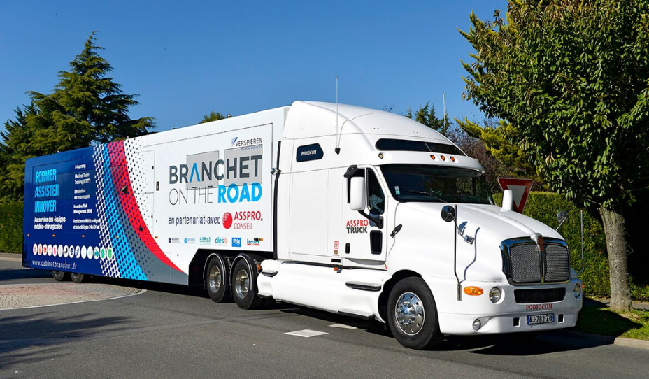 Banchet on the Road - Asspro Truck
